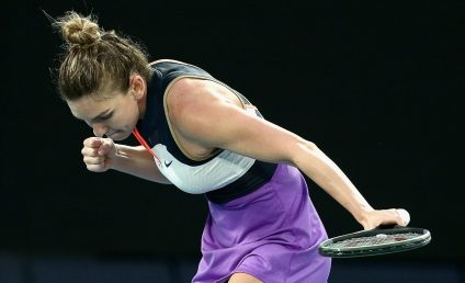 "Simona Halep s-a calificat dramatic în turul al treilea la Australian Open. ""Oh what a night"""